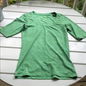 Nike ACG top size S